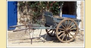 Ancienne voiture d'attelage à 2 roues Tombereau ardennais, photo dans le domaine public, Vassil 2007